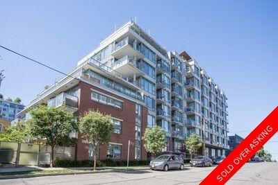 Mount Pleasant VE Apartment/Condo for sale: 1 bedroom 641 sq.ft. R2525730